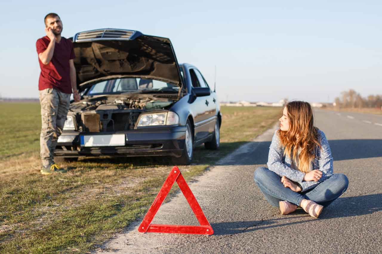 24-hour Emergency auto towing service in Fayatteville